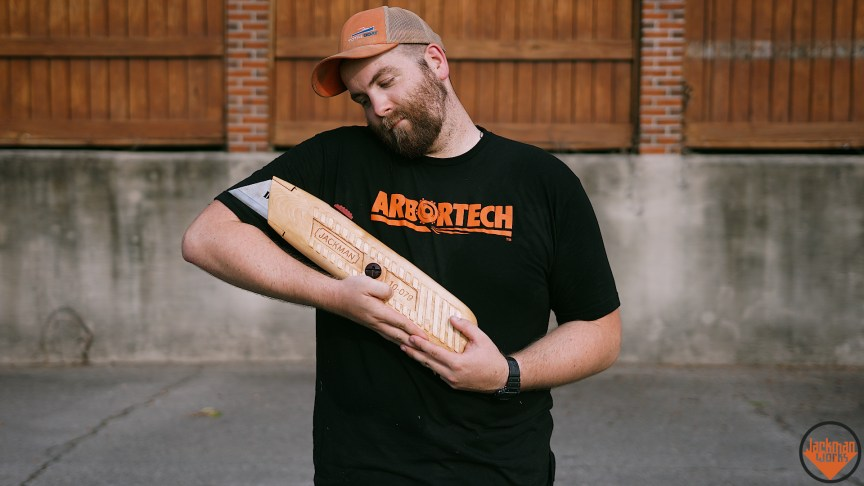 This Massive Utility Knife Is A Masterpiece Of Woodworking