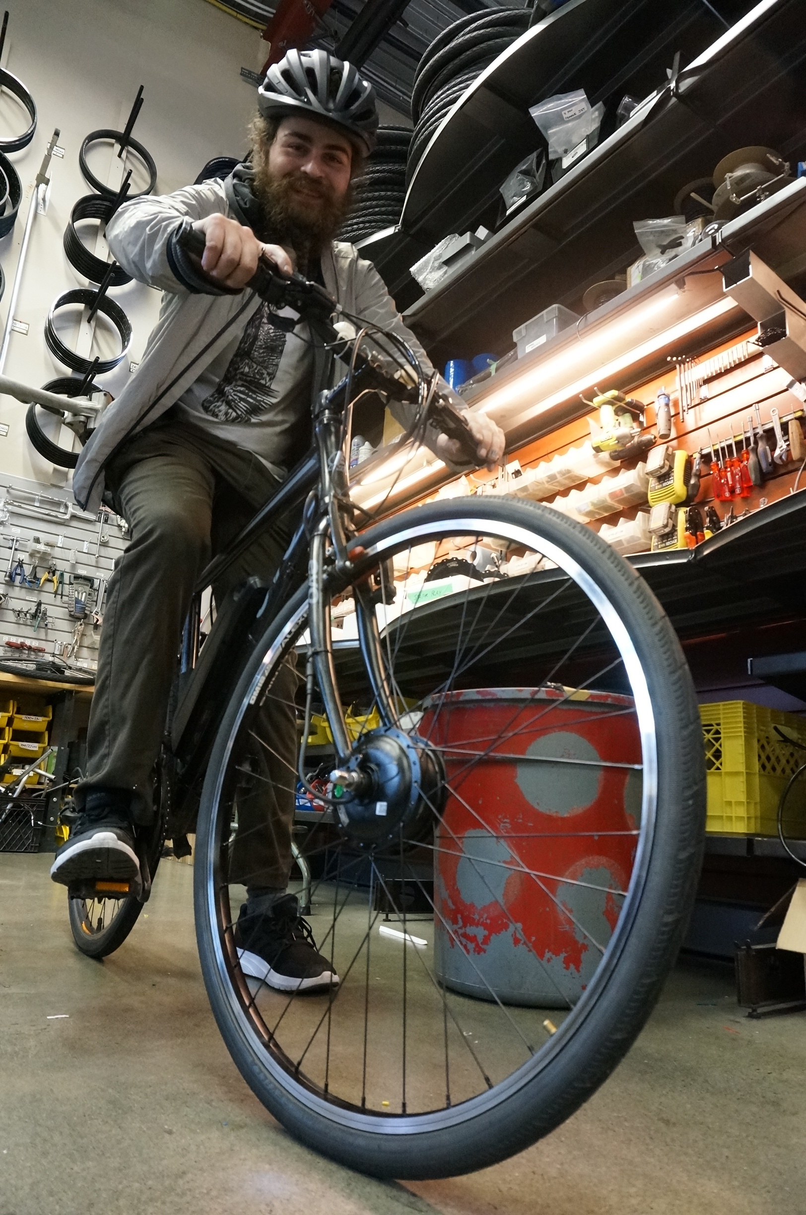 Convert Any Bike To Electric With An Easy Front Wheel Motor Kit | Make: