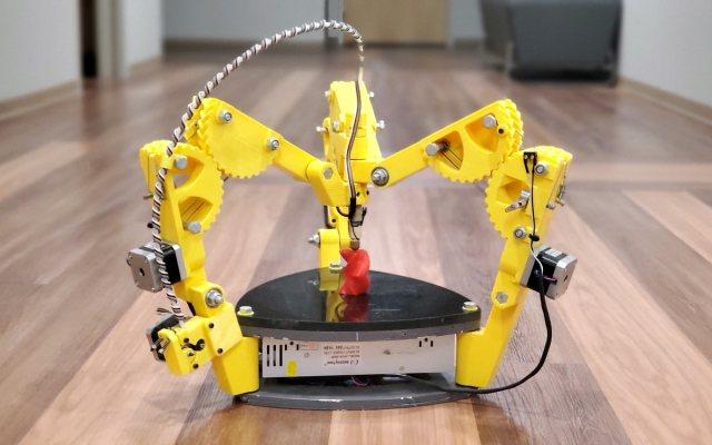 Outside the Box: Nick Seward's Experimental 3D Printers Work Unlike Anything Else