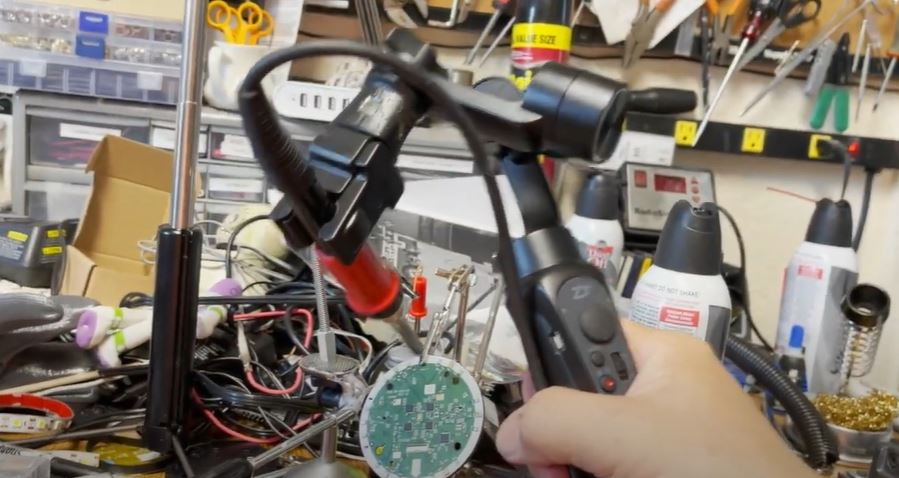 Soldering With A Hand Tremor: The Camera Gimbal Hack