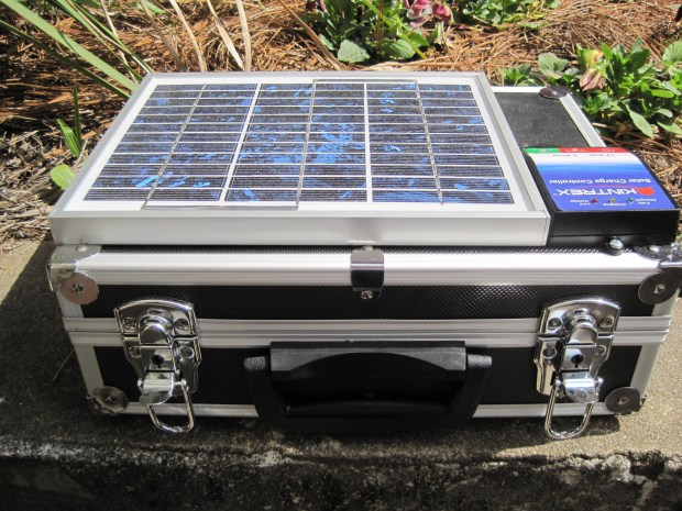 Solar Laptop/Device Charger