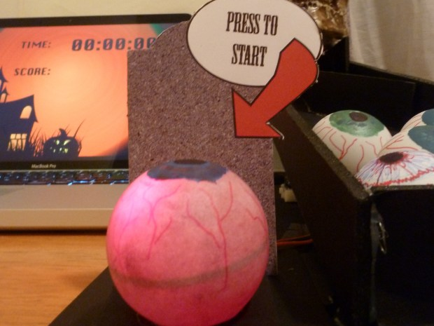 Skull Ball (Super Geek Beer Pong)