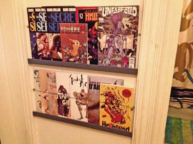 Easy Comic Book or Magazine Shelves