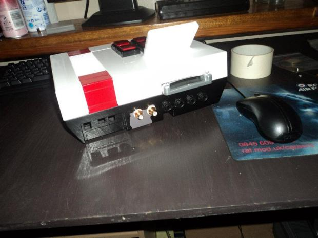The NES MPS – A Stage-Worthy LSDJ/Nanoloop Workstation