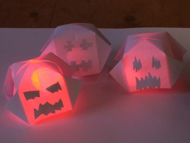 Glowing Paper Pumpkins