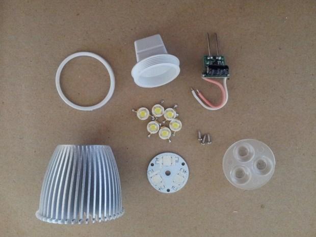 9-Watt MR16 LED Lamp