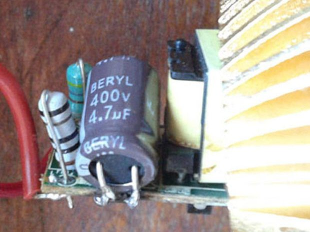 Replacement of Defective Capacitor in E27 LED Bulb