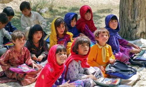 アフガニスタンの子供たちの写真