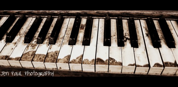 played piano