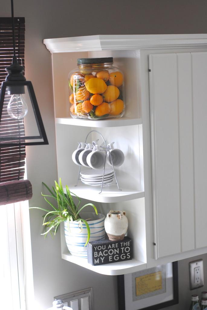 Minute Decorating Displaying Favorite Objects Making Lemonade