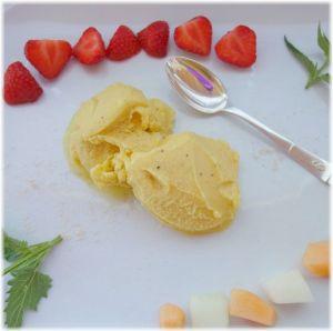 Bananen-Buttermilch-Safran-Eis