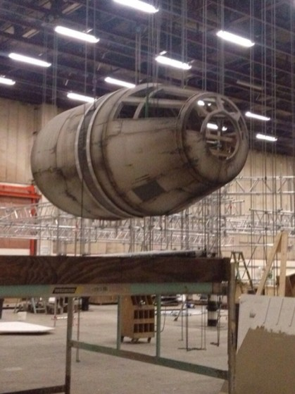 millennium falcon star wars spoiler sneak peek behind the scenes photos 0113 480w