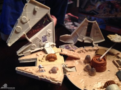 star wars the force awakens millennium falcon micromachines playset 080615 012