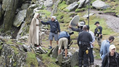 Photo of New behind-the-scenes shot of Luke Skywalker on the set of Star Wars: The Force Awakens!