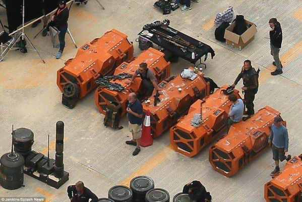 Rogue One Leaked Set Pic - Rogue One and Star Wars: Episode VIII set pics