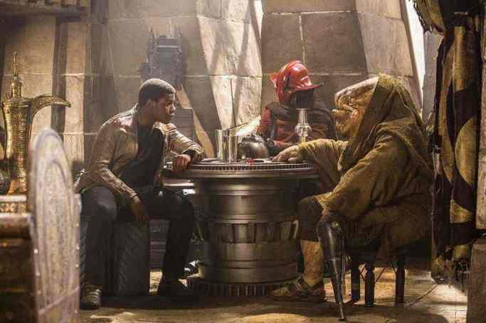 finn-s-origins-could-have-been-revealed-will-star-wars-8-parallel-the-expanded-universe-910012