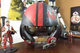the collectors hutt reviews a re - The Collectors Hutt reviews a replica Poe Dameron helmet!