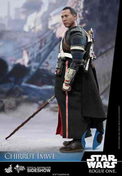 star-wars-rogue-one-chirrut-imwe-sixth-scale-hot-toys-902913-03