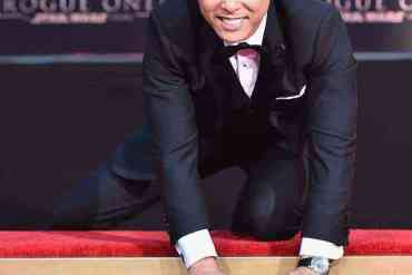 15178968 1144558768946683 7268444236395180644 n - Exclusive pics and video! Star Wars Rogue One's Donnie Yen honored at TCL Chinese Theatre ceremony