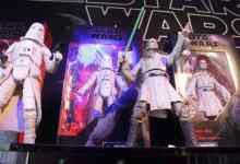 IMG 1730 1 - Hasbro goes big for Star Wars' 40th anniversary at New York Toy Fair. By Eric Cameron