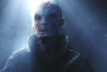 snoke - Supreme Leader Snoke's Pretty Blue Eyes in Star Wars: The Last Jedi!