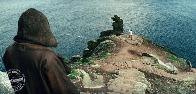 IMG 7027 - Entertainment Weekly drops several new photos from Star Wars: The Last Jedi!