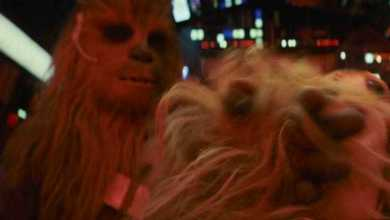 IMG 7078 1 - Chewbacca hits a Porg in latest Star Wars: The Last Jedi TV Spot