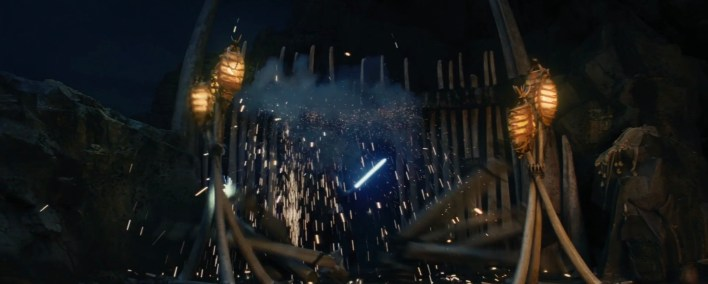 Small clip of Rey and Luke from Star Wars: The Last Jedi's deleted scenes!