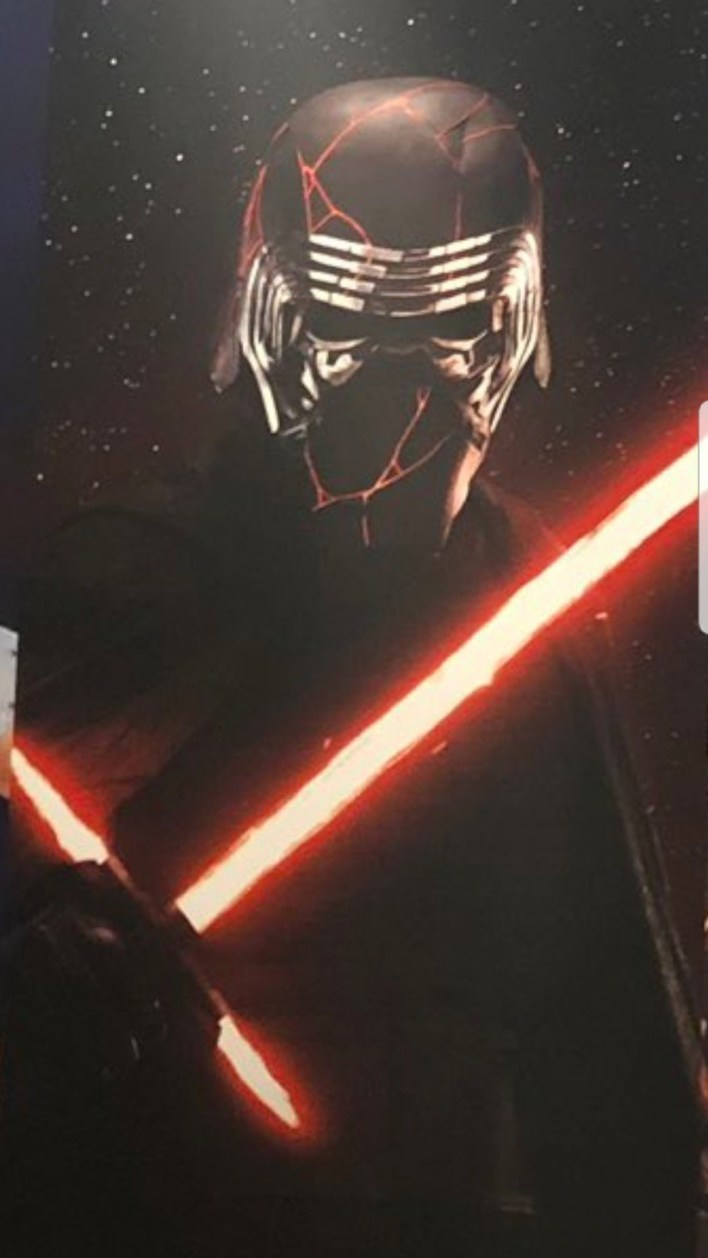 Another Look At Kylo Ren S Mask In Star Wars The Rise Of Skywalker Making Star Wars