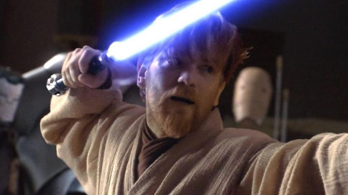 Photo of Ewan Mcgregor Reprising His Role As Obi-Wan Kenobi In Disney+ Show!