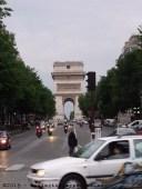 L'Arc de Triomphe - looking south