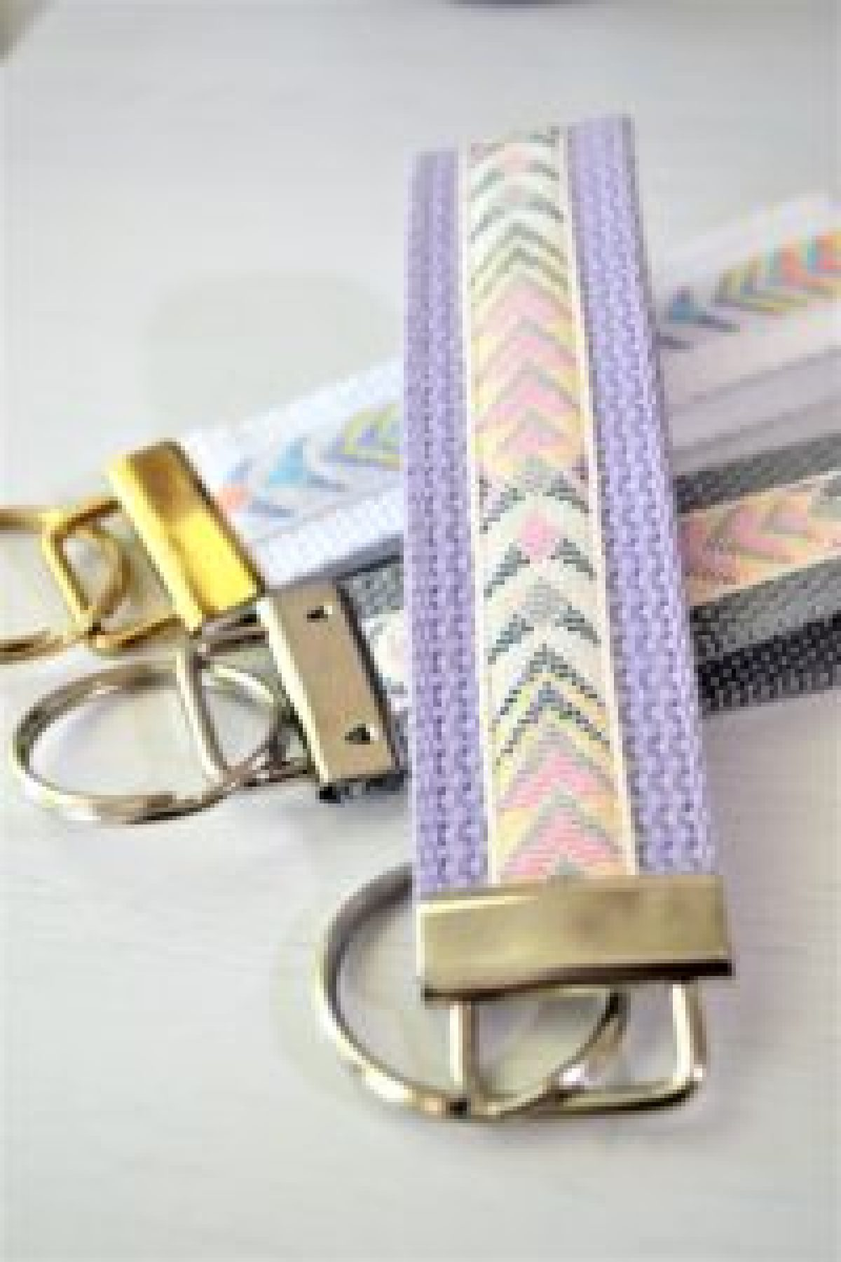DIY Wrist Key Chains - Tutorial!