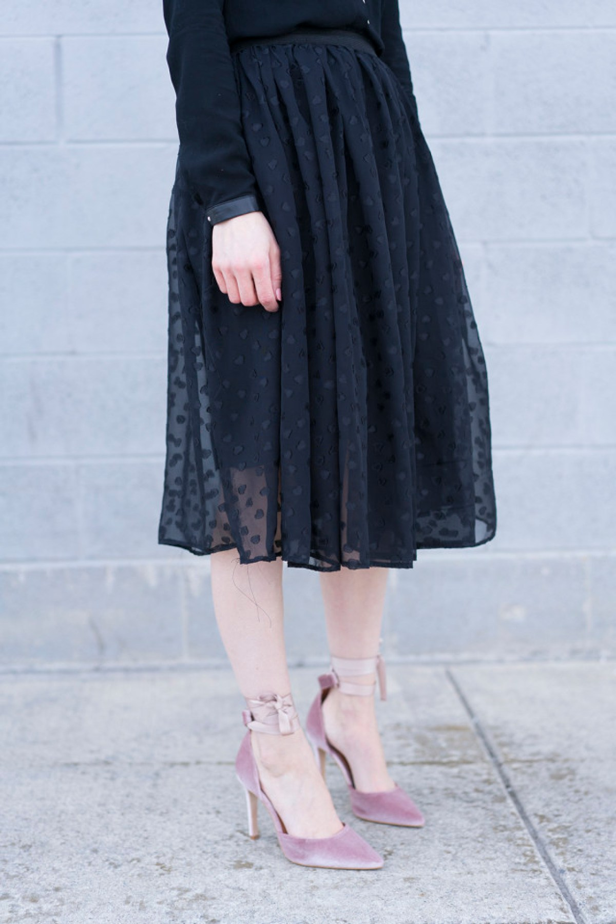 10 Free DIY Skirt Sewing Patterns - Wedding Guest Friendly Skirts! - 20 Minute Chiffon Gathered Skirt - from Cotton & Curls