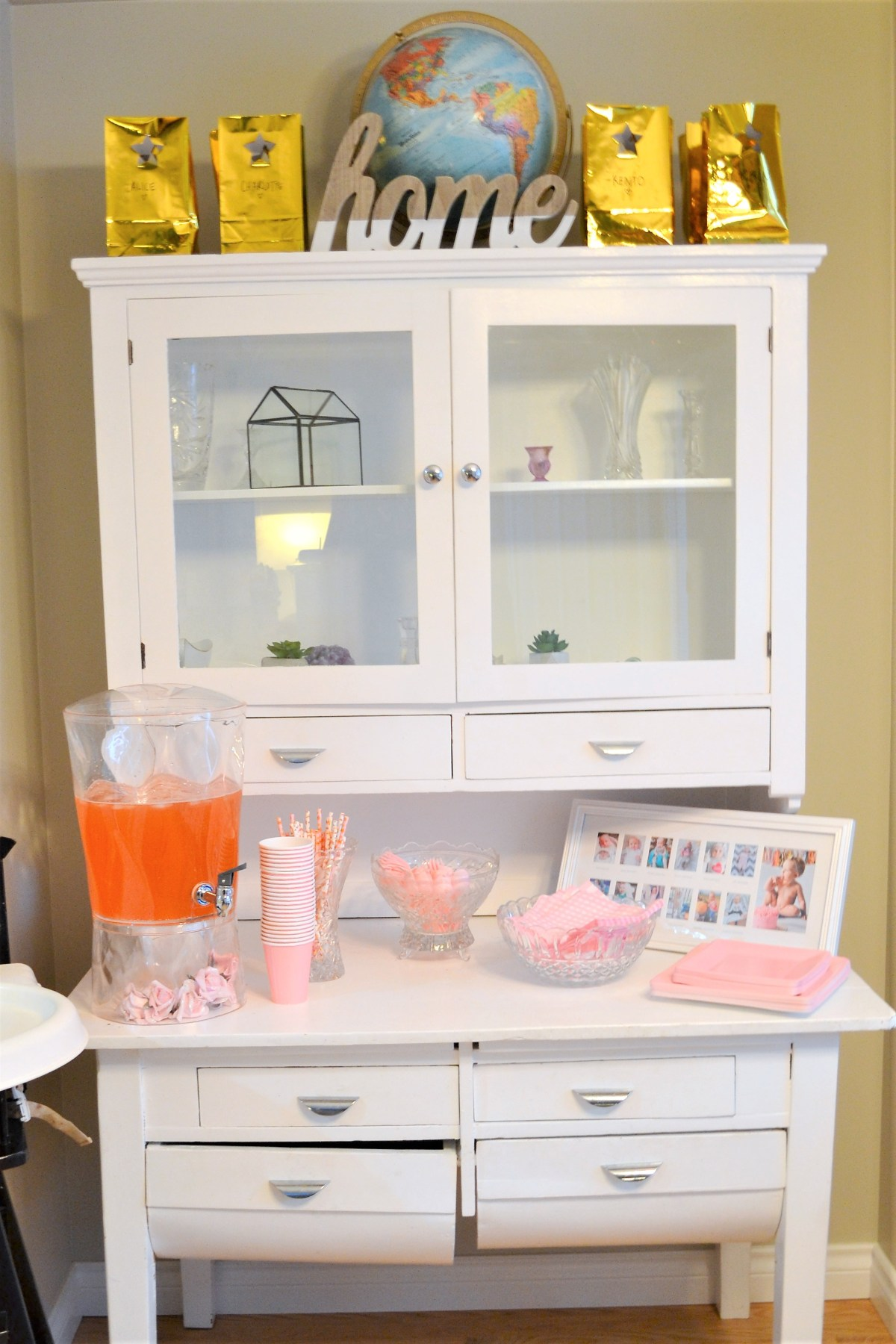 Baby Doll Party Theme - drink station