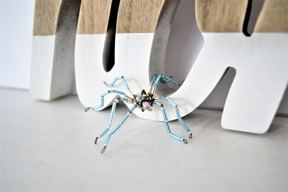 DIY Beaded Spiders - blue spider