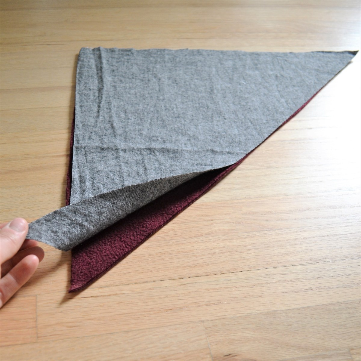 How to Make a Reversible Hooded Baby Blanket - sew hood