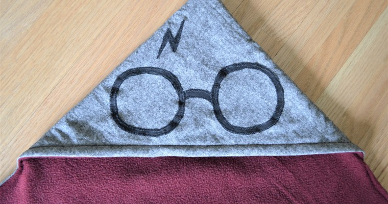 How to Make a Reversible Hooded Baby Blanket – Harry Potter Themed!