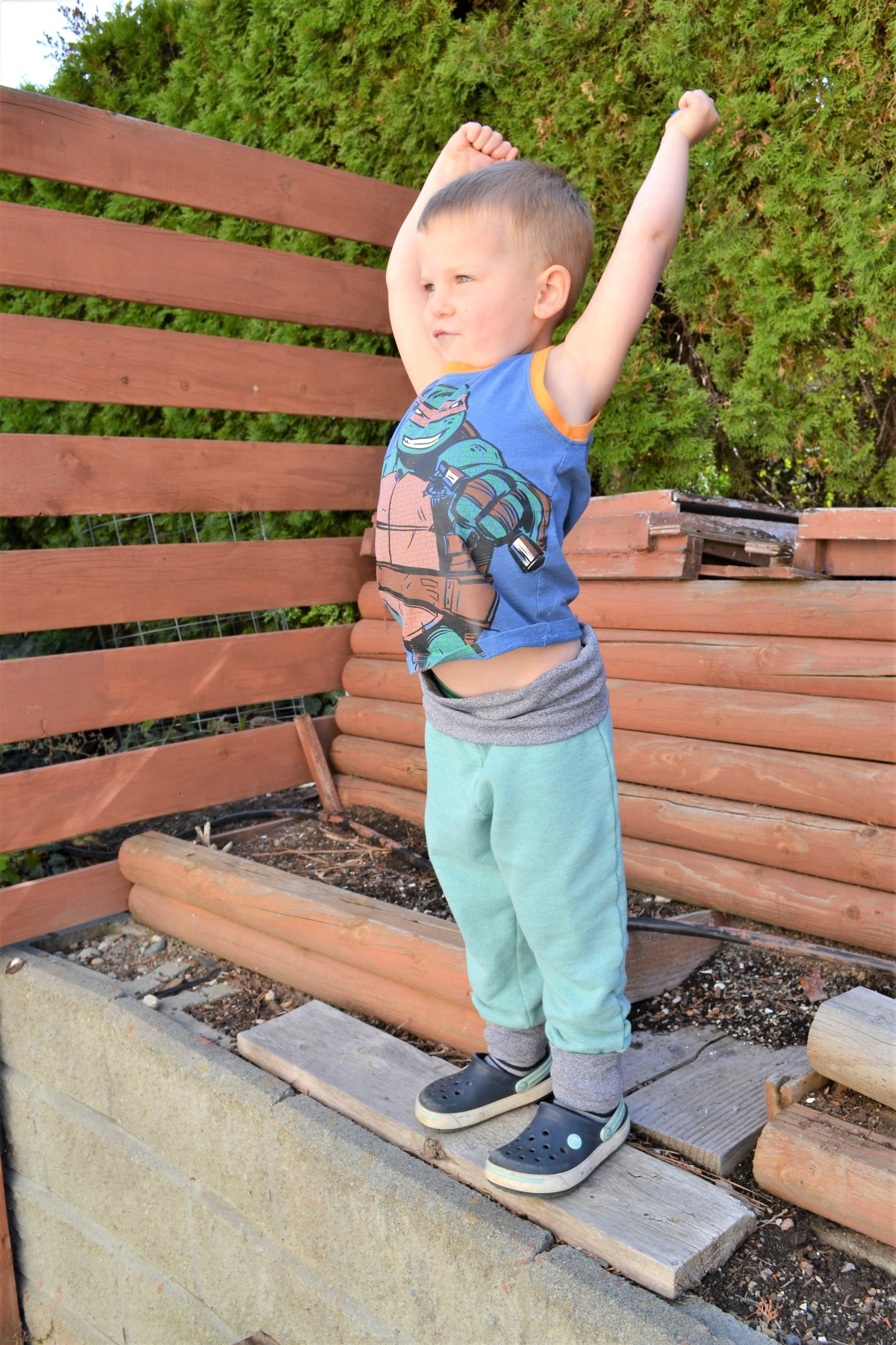 Toddler Boy Grow-With-Me-Pants Tutorial - compleated front view