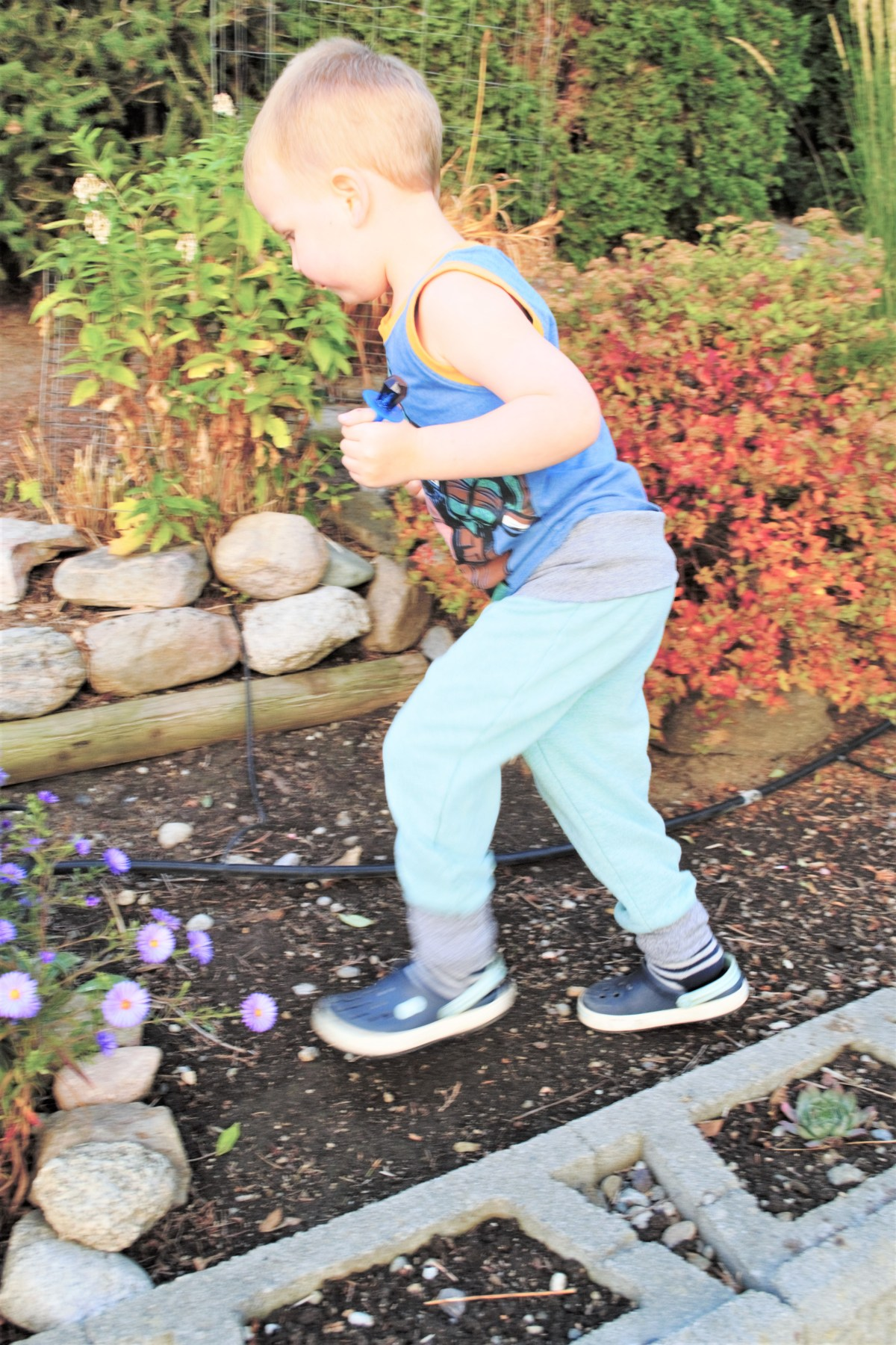 Toddler Boy Grow-With-Me-Pants Tutorial - compleated side view