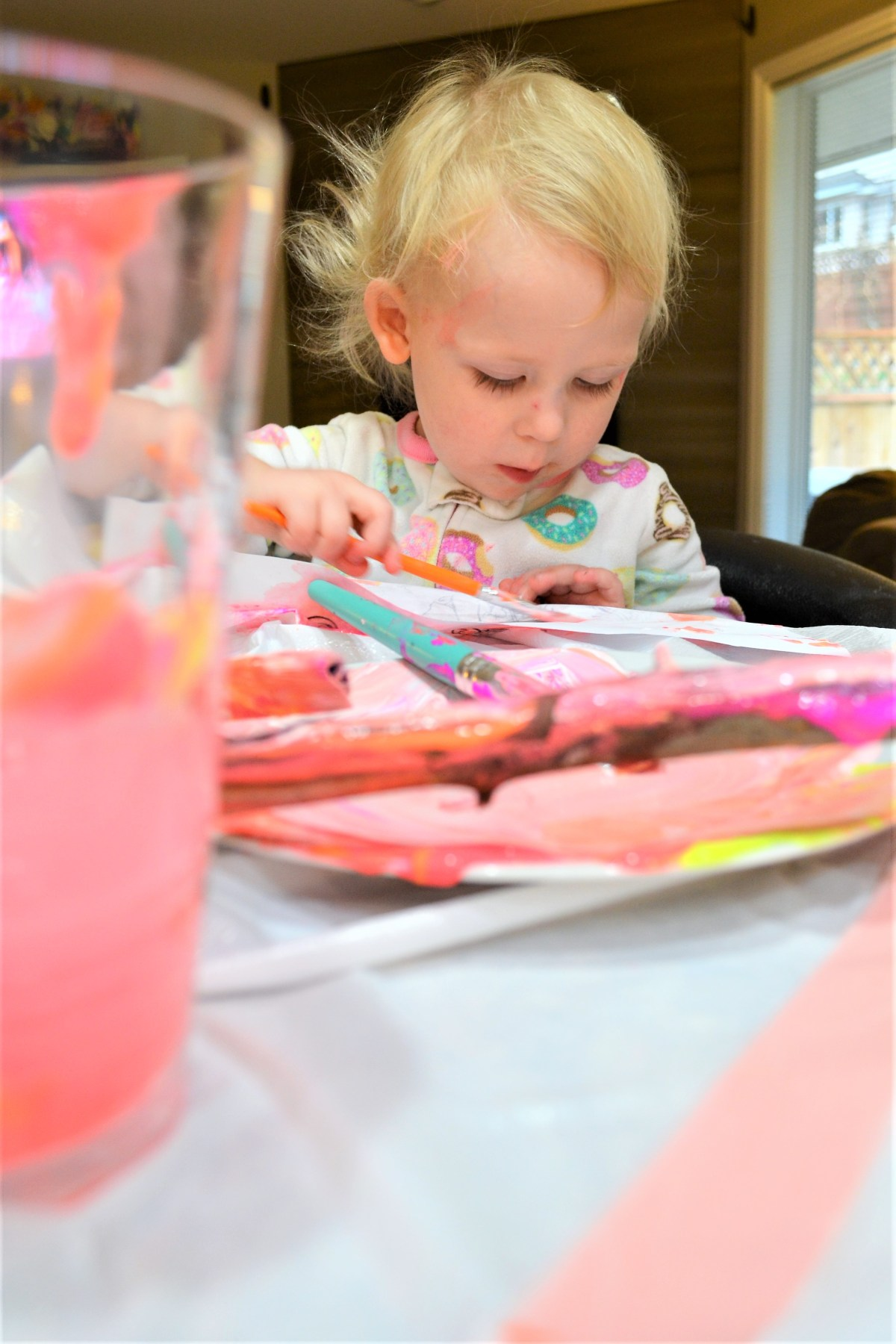 Crafts for kids - Painted Sticks! - concentrating
