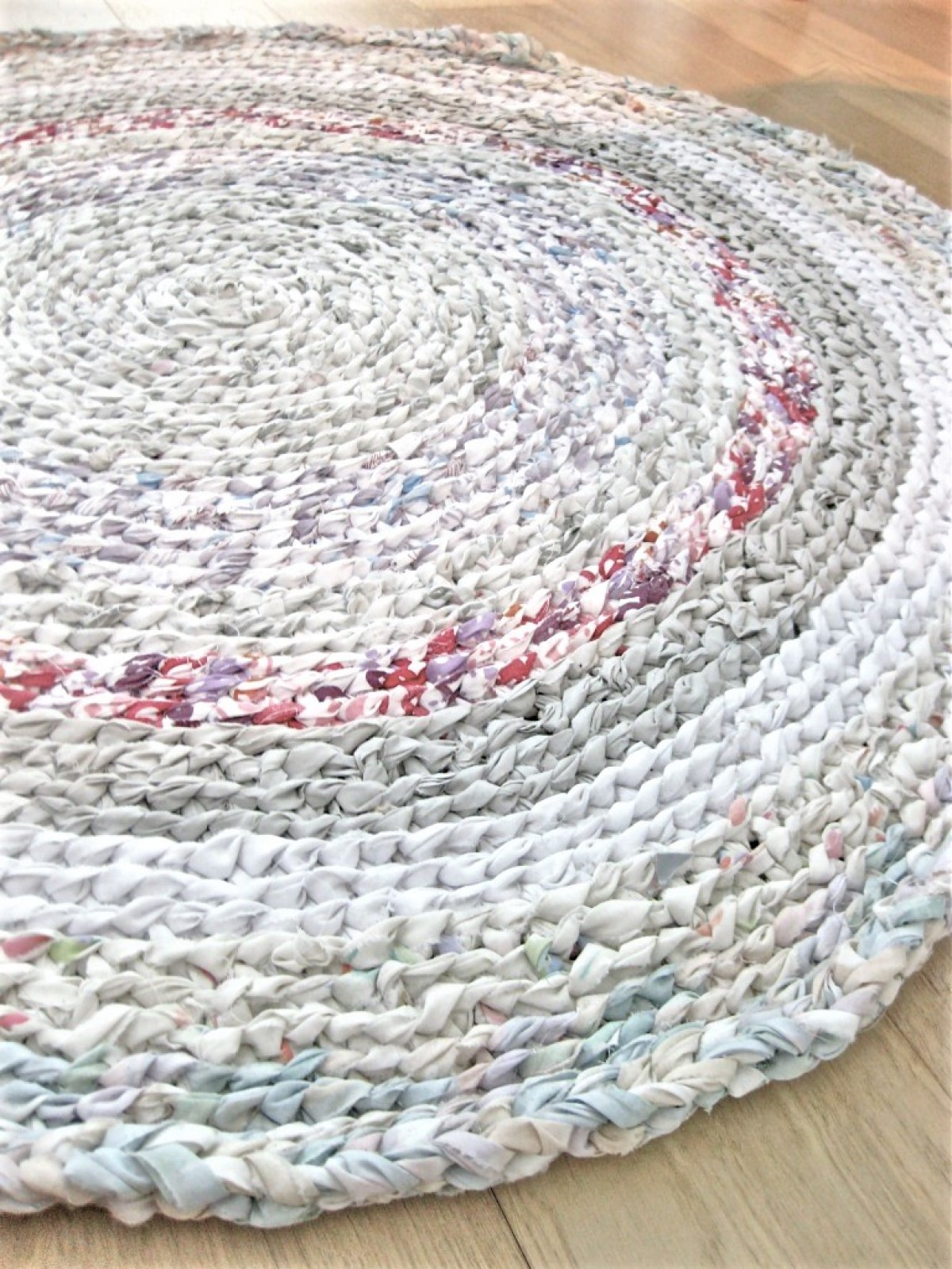 My First Rag Rug! - Made From Old Flat Sheets! - Making ...