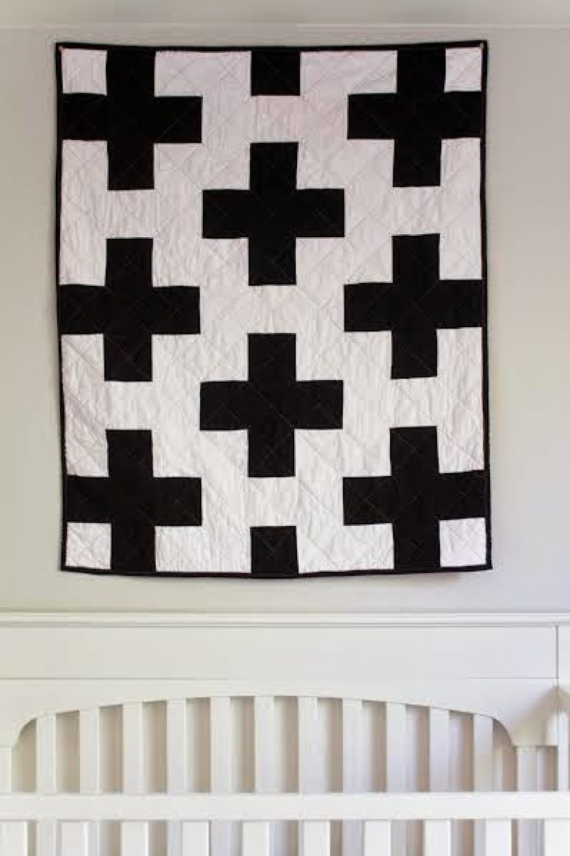 10 Free Modern Quilt Patterns For Beginners! - The Easiest Quilt in the World - from Southern Fabric Blog
