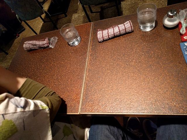銀座の喫茶アメリカン店内