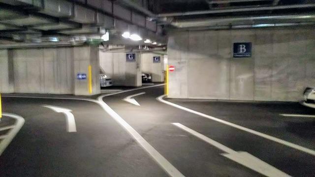 エクシブ湯河原離宮 地下駐車場
