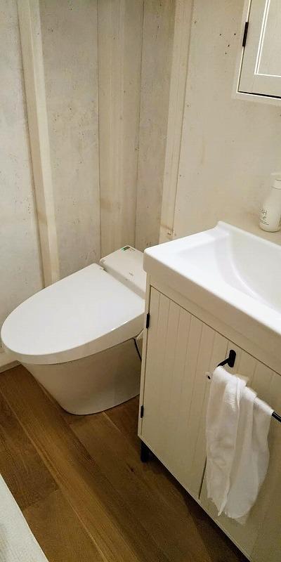 タイニーベースのトイレ