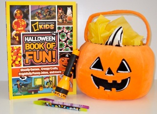 National Geographic Kids Halloween Book of Fun