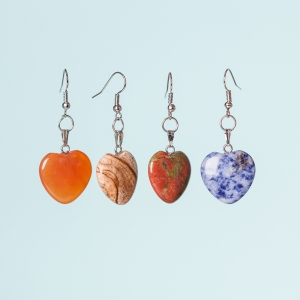 Free Hearts of Beauty Earrings from Sneakpeeq
