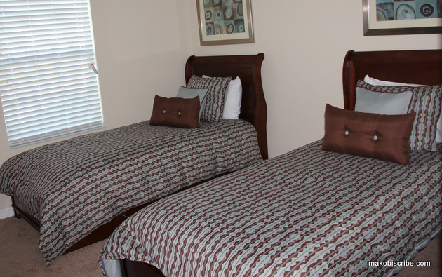 Second Twin Room at Paradise Palms