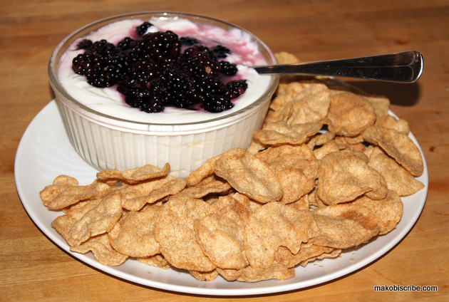 Honey-Blackberry Greek Yogurt Dip: