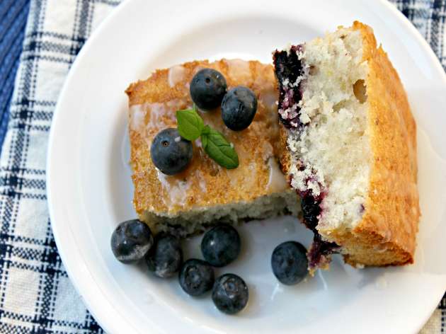 lemon blueberry white cake 2